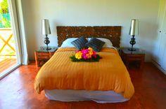 Habitación Mila aún disponible con duchas al aire libre, agua natural y vista al mar en Playa Tranquilo Hotel Boutique !! — en San Andres Island.