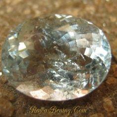 Jual Batu Permata Asli berkualitas Oval Light Blue Aquamarine 2.10 carat www.rawa-bening.com