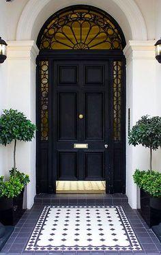 Front door inspiration sassyinthecity.com