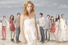 In ABC's Revenge, Emily (Emily VanCamp) finds herself torn between her childhood BFF, Jack Porter (Nick Wechsler), and a dapper mogul- Serie Revenge, Revenge Cast, Revenge Tv Show, Abc Tv Shows, Great Tv Shows, New Shows, Movies And Tv Shows, Actresses, Films