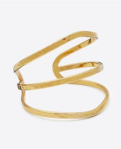 Ann Taylor's Golden Cuff adds a classic edge to any outfit. #anntaylor #cuff #goldcuff #bracelet #goldbracelet