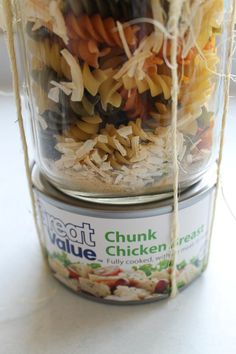 Cook and Craft Me Crazy: Soup in a Jar Gift Jar Food Gifts, Food Jar, Homemade Dry Mixes, Homemade Soup, Canning Recipes, Soup Recipes, Freezer Recipes, Drink Recipes, Chicken Recipes