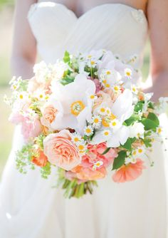 #Peach garden rose, ranunculus, peony, mock orange, fever few and ladies mantel #wedding #bouquet