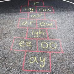 Sight word hopscotch is a regular in my literacy rotations so I 😍 this idea to mix it up a bit. Do you include outdoor… Learning Phonics, Abc Phonics, Jolly Phonics, Learning Resources, Learning Spanish, Fun Learning, Spelling Activities, Phonics Activities, Writing Activities