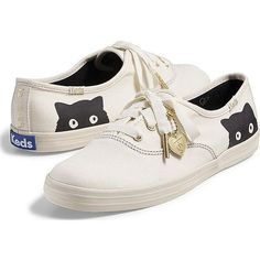 Keds Taylor Swift's Champion Sneaky Cat ($55) ❤ liked on Polyvore featuring shoes, sneakers, flats, cream, keds flats, cat sneakers, cat print shoes, flat shoes and flats sneakers