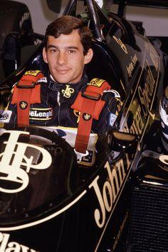 F1 Lotus, Aryton Senna, F1 Drivers, Car And Driver, Vintage Racing, Formula One, Face Shapes, Grand Prix, Race Cars