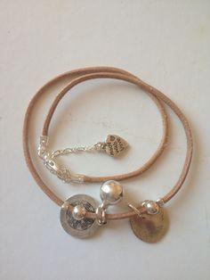 Bracelet à grelot version cuir et argent