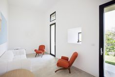 A Whitewashed Italian Farmhouse with Just a Dash of Color - Remodelista