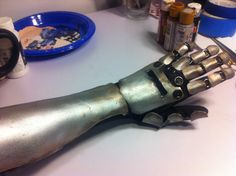 Gaige's Robo Arm Tutorial http://www.gearboxsoftware.com/community/articles/1125/fan-cosplay-tutorial-gaige-robot-arm-tutorial