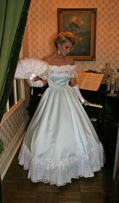 CW style, made with matte satin and using Venice lace and beaded appliqués Alexander Grassner Große 46 Vintage Gowns, Mode Vintage, Vintage Outfits, Ball Gown Dresses, Satin Dresses, Pretty Outfits, Pretty Dresses, Southern Belle Dress, Old Fashion Dresses