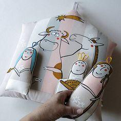 blueprint / BETLÉMEK s KOMETOU - polštář Doll Toys, My Works, Pillows, Xmas, Cushions, Pillow Forms, Cushion, Scatter Cushions
