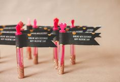 Wrap-around address labels make it easy to customize a little note.