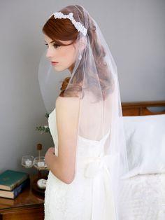 Ivory White Lace Cap Veil Juliet Cap Veil Vintage by GildedShadows