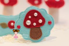 Gosto tanto dos pequenos e simples detalhes que fazem toda a diferença!  Eu acho que o vermelho e o azul turquesa combinam muito!