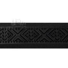 Pasamanería y tapacosturas en relieve negro: http://tienda.pontejos.com/3402-tienda-pontejos-merceria