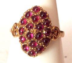 Vintage 9ct Gold and Cabochon Garnet Ring