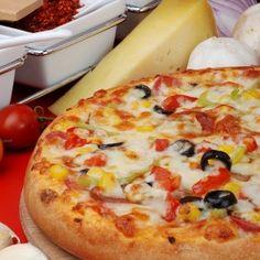 Зеленчуците на Bonduelle са страхотни за рецепти с пица. Вижте защо не трябва да съдържа месо или мазнини, за да е вкусна и защо пицата със зеленчуци е толкова лесна.
