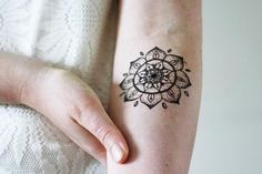 This mandala temporary tattoo looks amazing on your arm or wrist. It's cute and stylish at the same time! A temporary tattoo for any occasion!.................