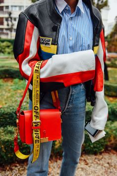 October 1, 2016  Tags Paris, Bags, Off-White, Vetements, SS17 Women's