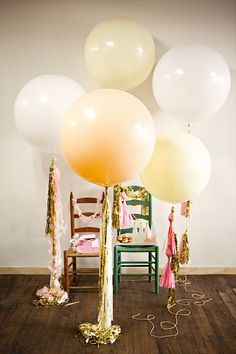 BUY or DIY Geronimo Giant Balloons With Streamers. Love giant balloons with streamers Big Round Balloons, Giant Balloons, Jumbo Balloons, White Balloons, Metallic Balloons, Metallic Pink, Champagne Balloons, Balloons Galore, Clear Balloons