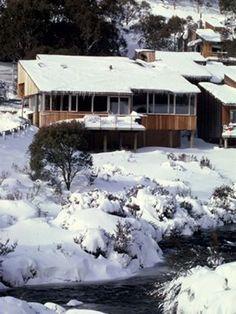 """""""Riverside Cabins"""" Restaurant Thredbo 2006"""