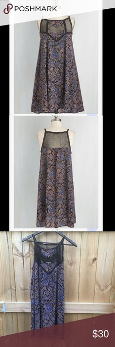 Peppy in paisley dress Worn twice, great condition! Runs big says small but it fits like a medium. ModCloth Dresses