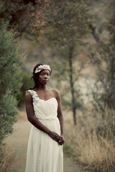Dress <3 <3 Lightness, simplicty, flowers <3 #weddingdress #weddingdressonesty #astereagown #ktjean #ktjeanonetsy #etsy #homemadeweddingdress {$1,500.00}