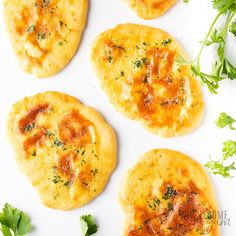 Complete your Indian feast with this easy low carb keto naan bread recipe. Keto naan with almond flour is ready in less than 30 minutes, you'll love it! Best Keto Bread, Low Carb Bread, Low Carb Keto, Low Carb Vegetarian Recipes, Low Carb Recipes, Cooking Recipes, Paleo Diet, Drink Recipes, Ketogenic Diet