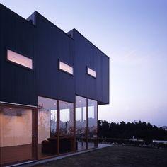 House in Sendai-Kasumi by Kiyonobu Nakagame
