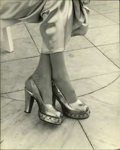 Aline Johnson De Menocal ( Havana Glamour Girl )  Date taken:1946  Photographer:Nina Leen