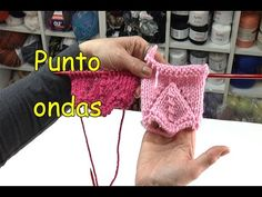 Knitting Videos, Knitting Stitches, Crochet Designs, Crochet Patterns, Origami, Fingerless Gloves, Arm Warmers, Youtube, Diy And Crafts