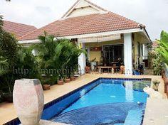 Preis: 3,600,000 THB ~ ca. 88.650 EUR Der Preis ist verhandelbar! http://immobilien-hua-hin.info/2-schlafzimmer-pool-villa-und-in-ruhiger-lage-fur-golfer-nr-ahp3373/