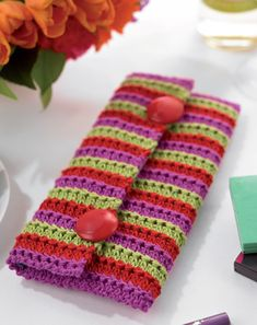 Free Knitting Pattern - Bags, Purses & Totes: Kitsch Clutch