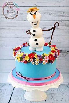 Torta di Frozen con decorazioni in pasta di zucchero n.82