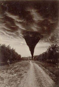 Oklahoma City Tornado, 1898 via reddit - Historical Times