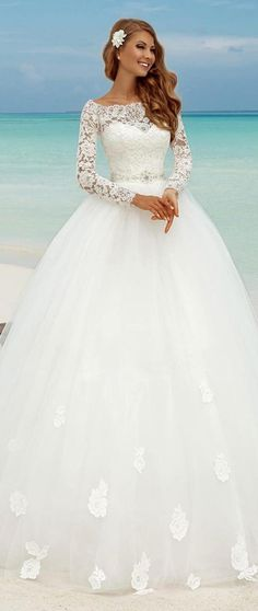 35 Amazing Ball Gown Wedding Dress