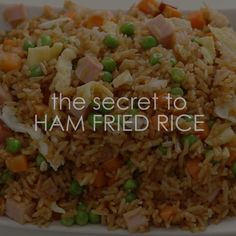 The Secret to Ham Fried Rice With this Ham Fried Rice you don't have to even leave your kitchen to have restaurant worthy Chinese food. This is the secret to ham fried rice faux takeout style. Healthy Chinese Recipes, Asian Recipes, Healthy Recipes, Vegetarian Recipes, Healthy Food, Rice Recipes, Pork Recipes, Cooking Recipes, Cooking Kale
