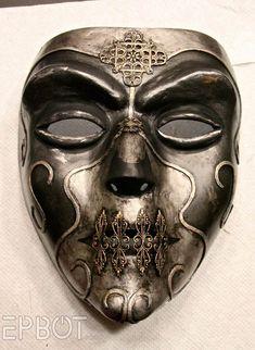 DIY Halloween Mask – EPBOT: Curse of the Death Eater? Diy Halloween, Maske Halloween, Halloween Masks, Halloween Halloween, Gif Kunst, Cosplay, Mascara Papel Mache, Death Eater Mask, Harry Potter