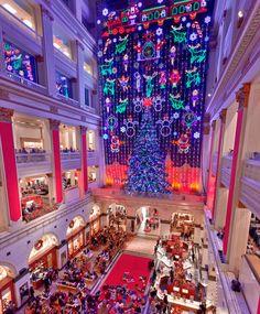 Macy's Christmas Light Show in Center City Philadelphia. (Photo by G. Widman for Visit Philadelphia)