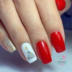 Christmas Manicure, Nails, Beauty, Finger Nails, Holiday Nails, Ongles, Beauty Illustration, Nail, Nail Manicure