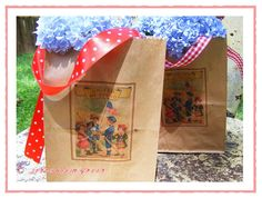 Printed vintage images on brown paper bags via the adventures of jolly goode gal: make-do {and make lovely monday - brown paper holiday