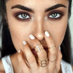hooded-eye-makeup-tips-and-tutorial-1