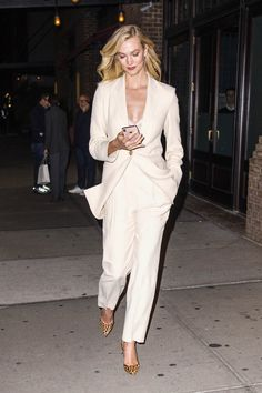 Suit Fashion, Fashion Models, Fashion Outfits, Karlie Kloss Street Style, Victoria Models, Capsule Wardrobe Work, Celebrity Style Inspiration, Elsa Hosk, Cool Outfits