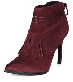 - Real suede- Pointed toe- Fringed detail- Tie trim detail Premium: A quality collection carefully crafted with unique detail, and a premium leather fabric from the shell to the lining.