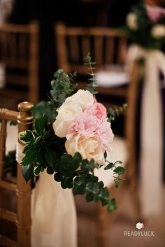 wedding pew flowers