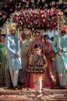 A Gorgeous Destination Wedding With Loads Of Cute Ideas!   WedMeGood