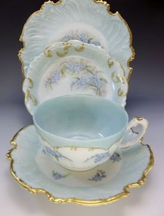 1895-T-V-Limoges-4pc-Tea-Cup-Saucer-Set-Hand-Painted-Blue-Floral-Plate-Teacup