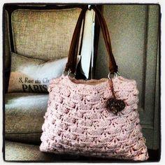 Beautiful Powder Pink Kapalua Beach Handbag  www.annoocrochet.com