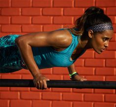 Fierce form. #skylardiggins #training #headbandnation #tank #style