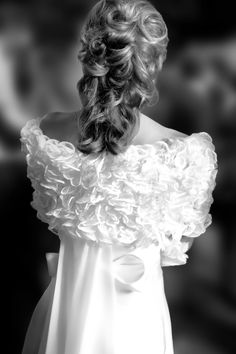 Wedding Bride Dress Tosca Spose Black White Photography Photographer Amsterdam - Image rights reserved by Julien Dony.